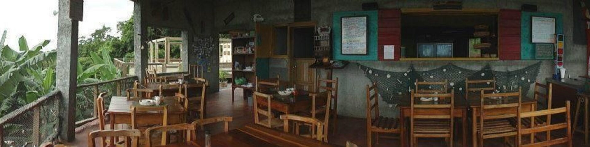 Well known Cal's Cantina is for sale in Roatan
